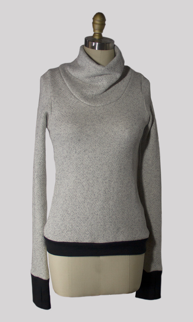 Elin Turtleneck Sweatshirt