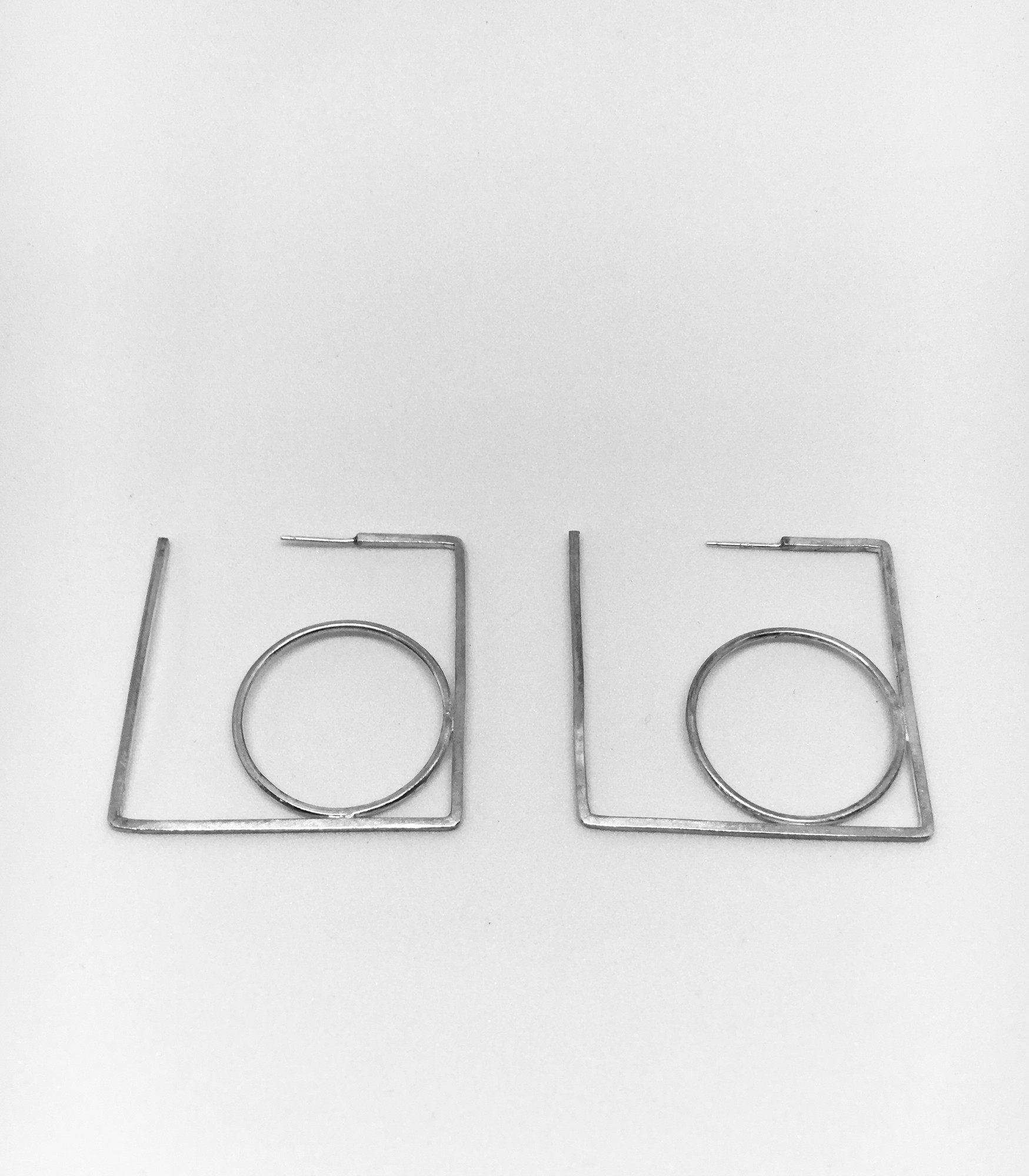 Allure Earrings – Square Circle